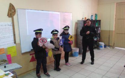 Policía de Seguridad Vial de Jerez continúa trabajando con pláticas de educación vial y prevención de accidentes