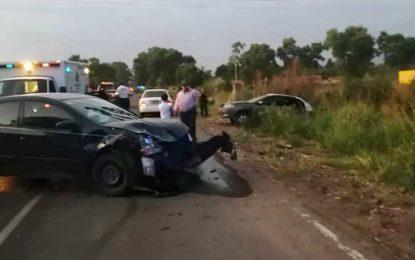 Accidente automovilístico por alcance, en la carretera federal #23 A la altura de la Palma.