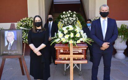 ENCABEZA ACEVES SÁNCHEZ HOMENAJE PÓSTUMO AL PROFESOR BENITO JUÁREZ GARCÍA